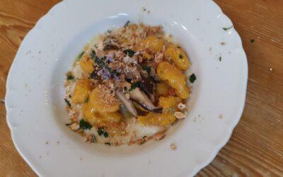 Gnocchi di Zucca e Patate con Funghi Shiitake